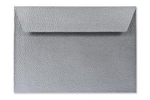 Hülle DIN C5, Hammerschlagstruktur metallic fein, silber